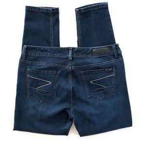Seven7 Skinny Jeans Dark Wash